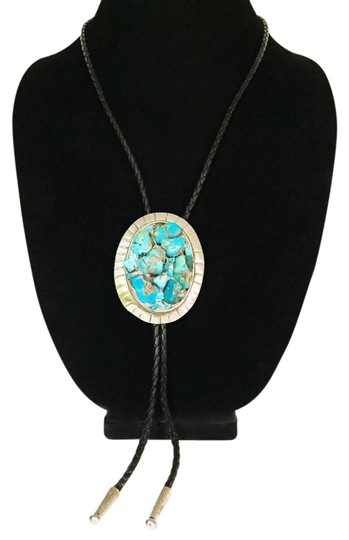 Preload https://img-static.tradesy.com/item/21475330/silver-incredible-vintage-turquoise-nugget-cluster-sterling-bolo-tie-necklace-0-1-540-540.jpg