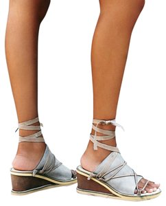 Free People dove grey Wedges