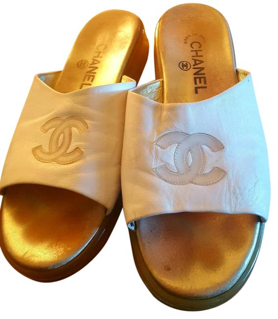 Item - White/Cream Final Sale Price Will Go Back Up Sandals Size US 9.5 Wide (C, D)