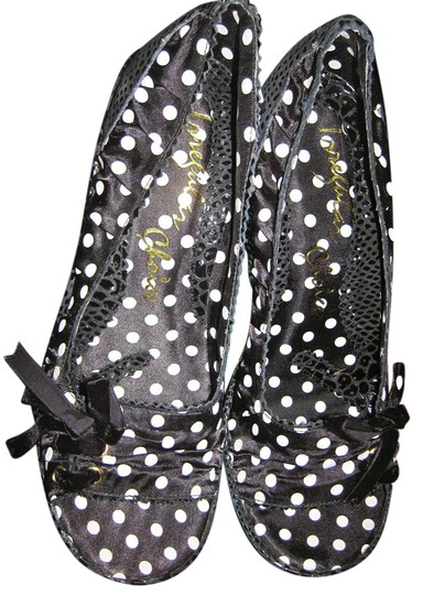 Preload https://img-static.tradesy.com/item/21477767/irregular-choice-black-sequin-polka-dot-3137-5c-platforms-size-us-10-m-b-0-1-540-540.jpg