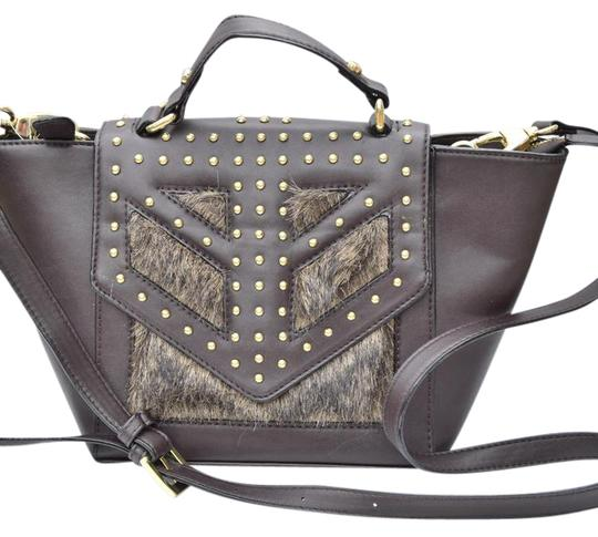 Preload https://img-static.tradesy.com/item/21477825/gianni-bini-new-without-tags-brown-faux-leather-satchel-0-1-540-540.jpg