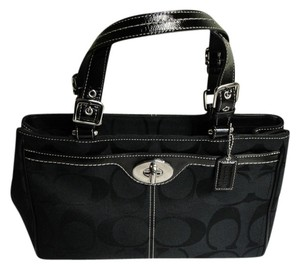Coach New Classic Signature Satchel in Black
