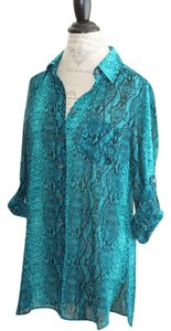 Moda International Python Snake Blue Turquoise Boyfriend Shirt Swim Swimsuit Coverup Coverup Beach Holiday Vacation Victoria's Secret Tunic