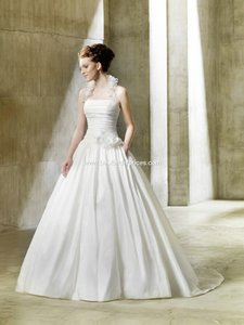 Enzoani Brand New Nordica Wedding Dress