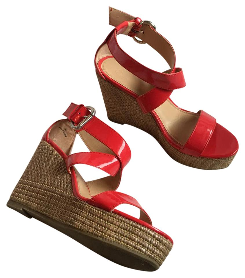 0537d63681b New York   Company Red Tan Brown Ny c Woven Strappy Wedges Size US 8 ...