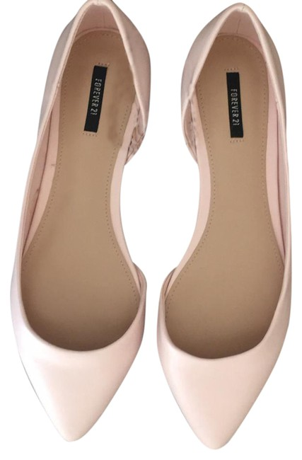 Item - Blush Flats Size US 7 Regular (M, B)