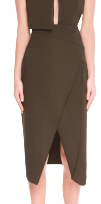 Preload https://img-static.tradesy.com/item/21487523/cmeo-collective-olive-fall-back-in-khaki-skirt-size-8-m-29-30-0-1-650-650.jpg