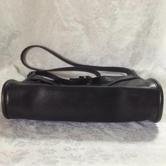 Lord & Taylor Old Leather Vintage Cross Body Bag Image 6
