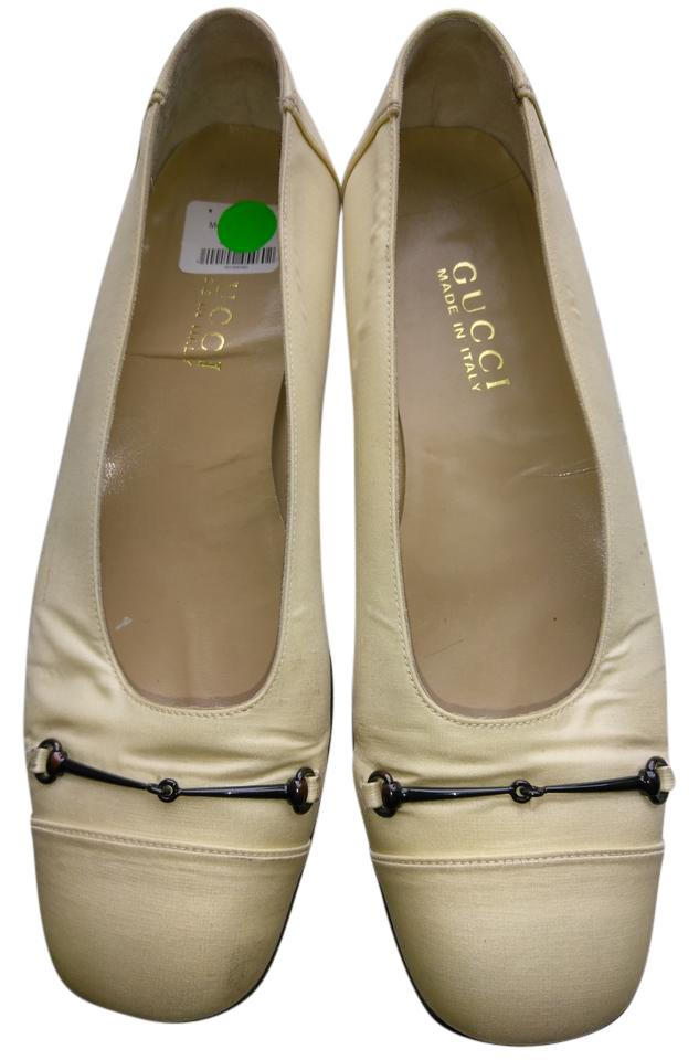 gucci made in italy comfortable satin flats off white. Black Bedroom Furniture Sets. Home Design Ideas