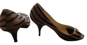 Anne Klein Peep Toe Camel/Black Pony Pumps