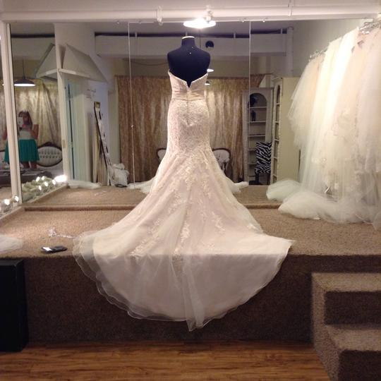 Mori Lee Ivory Champagne Silver Lace 1903 Traditional Wedding Dress Size 4 (S) Image 2