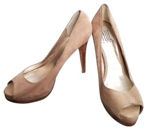 Pelle Moda Tan Pumps