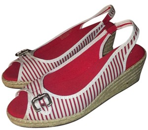 Naturalizer Red, White Wedges