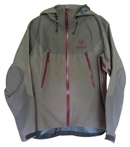 Arc'teryx Waterproof Technical Gore-tex Windproof Quaility Jacket