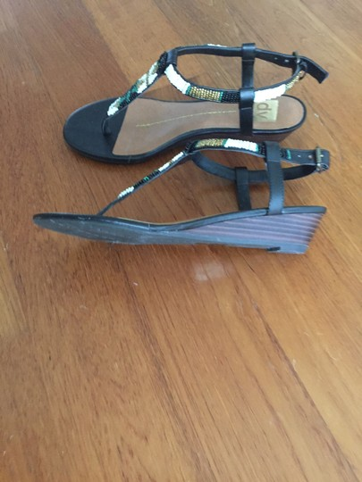 Dolce Vita Thong Ankle Strap Beads Wedge Low Heel Black Sandals
