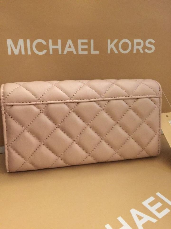 6bf3048c4ee9dd Michael Kors Astrid Black Leather Silver Quilted Carryall Wallet ...
