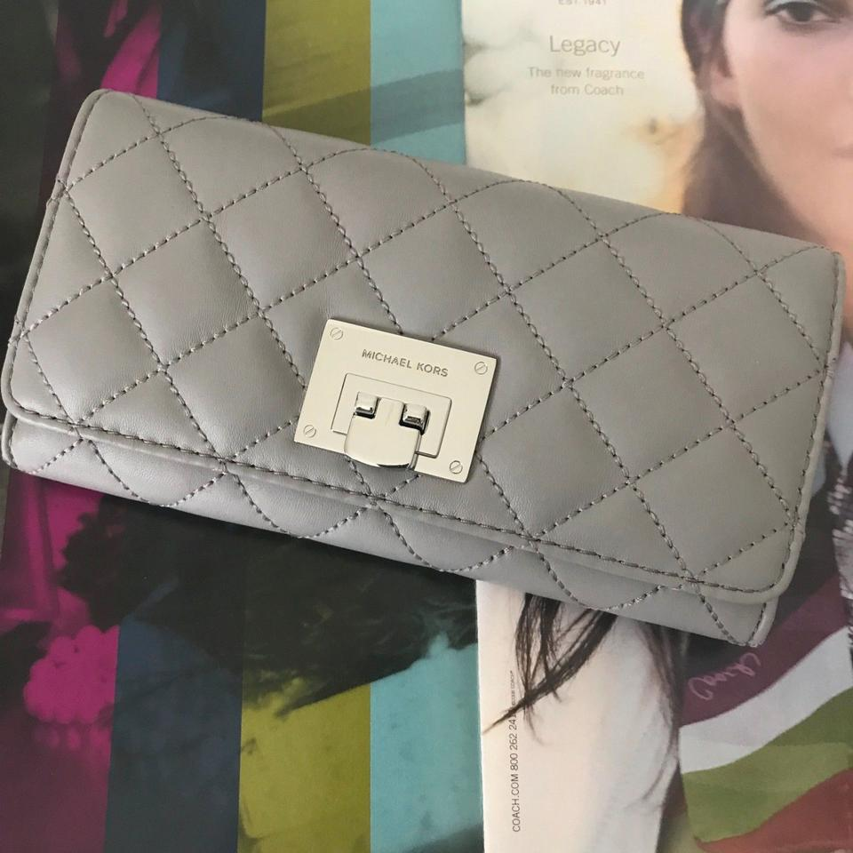 32c66d700a95 Michael Kors Astrid Black Leather Silver Quilted Carryall Wallet Image 7.  12345678