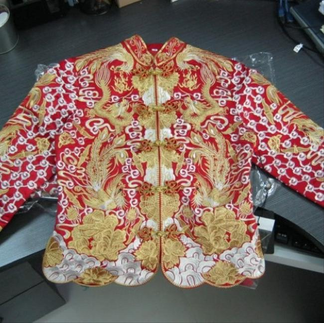 Item - Red Gold Silver Silk Chinese Traditional Wedding Dress Size OS