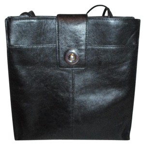 5cca023b6be0 Wilsons Leather Totes - Up to 90% off at Tradesy
