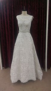 Justin Alexander Ivory/Oyster Guipure Lace 9736 New Modern Wedding Dress Size 10 (M)