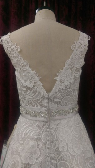 Justin Alexander Ivory/Oyster Guipure Lace 9736 New Modern Wedding Dress Size 10 (M) Image 5