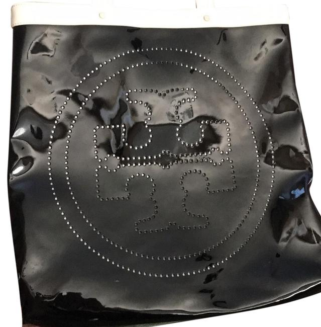 Item - Black and Handles Are White Shiny Plastic Type.. Beach Bag