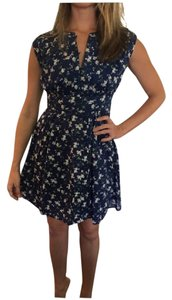 Quiksilver short dress navy//ivory//dusty green//floral print on Tradesy