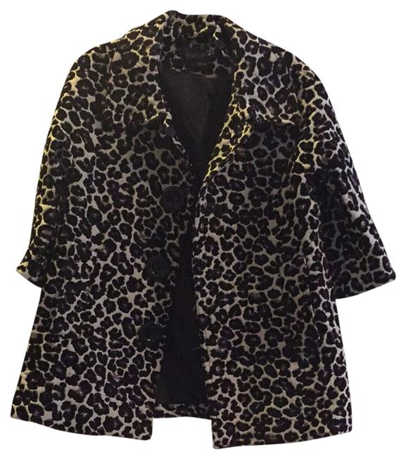 Preload https://item1.tradesy.com/images/forever-21-leopard-print-size-4-s-2150180-0-0.jpg?width=400&height=650