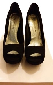 Body Central Black Pumps
