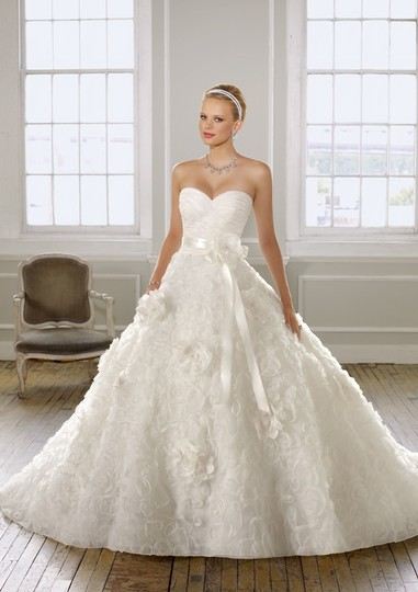 Preload https://img-static.tradesy.com/item/2150211/mori-lee-1601-wedding-dress-2150211-0-0-540-540.jpg