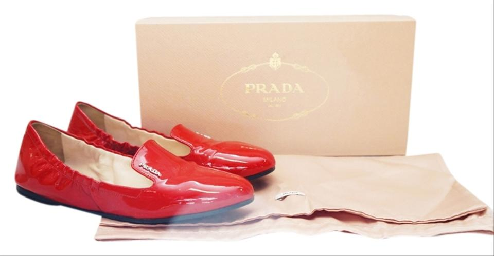 ba0807929e0 Prada Red Vernice Donna Rosso Patent Leather Loafer Slip On 35.5 Flats