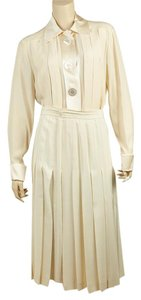 Chanel Chanel Boutique Cream Silk Skirt Suitx Size 6 (126033)