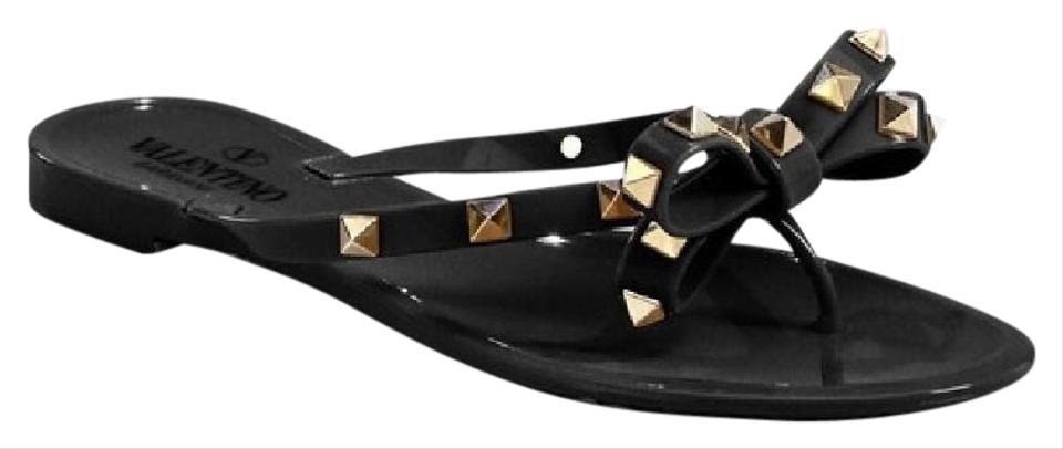 valentino rockstud jelly bow thong flip flop sz 40 black sandals on sale 20 off sandals on sale. Black Bedroom Furniture Sets. Home Design Ideas