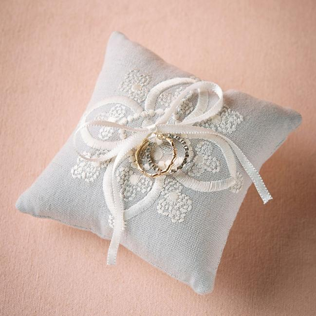 Item - Dove Grey Stitched Ring Pillow