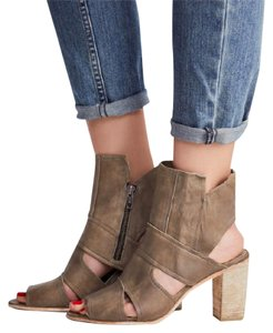 Free People Chunky Wood Bootie Ankle grey Pumps