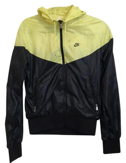 Item - Black/Yellow Windrunner Activewear Outerwear Size 8 (M)