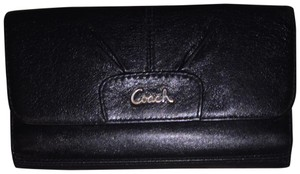 Coach Leather Checkbook Wallet