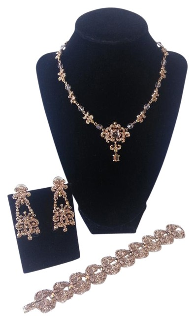 Item - Gold and Amber Bracelet Clip Earrings Set Necklace