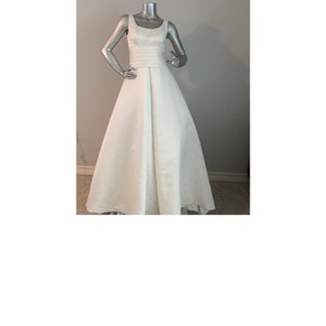 Paloma Blanca Natural White Polyester Sleeveless Traditional Wedding Dress Size 2 (XS)