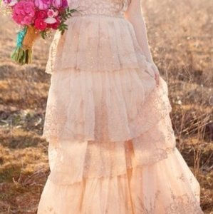 BHLDN Blush Bone Beaded Embroidered Tulle. Rosecliff Gown By Candela For Feminine Wedding Dress Size 6 (S)