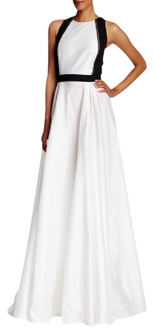 Item - Ivory Black Collection Satin Shantung Cutaway Gown Long Formal Dress Size 12 (L)