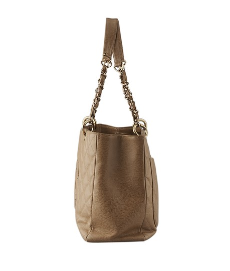 Chanel Leather Tote in Tan Image 3