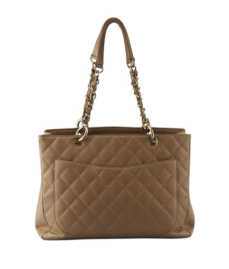 Chanel Leather Tote in Tan Image 4