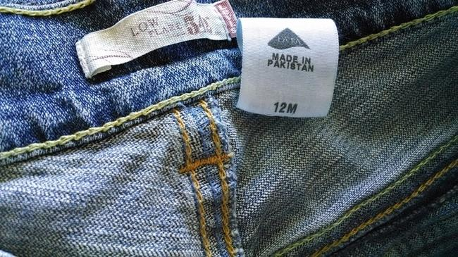 Preload https://item5.tradesy.com/images/levi-strauss-vintage-relaxed-fit-jeans-washlook-2152209-0-1.jpg?width=400&height=650