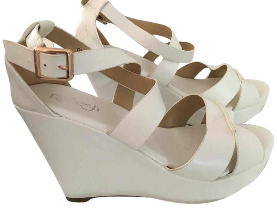 78f63343c456 Refresh White Olay-8 Wedges Size US 9 Regular (M