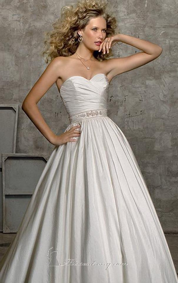 Mori lee white tissue taffeta 4524 traditional wedding for Mori lee taffeta wedding dress
