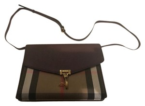 3abfe33d07bd Burberry Bags - Up to 90% off at Tradesy