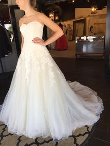 Pronovias Pastel Beige/Off White Lace and Tulle Octavia Traditional Wedding Dress Size 14 (L)