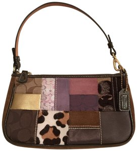 Coach Legacy Collection - Up to 70% off at Tradesy (Page 8) 85fc6e55e88b9
