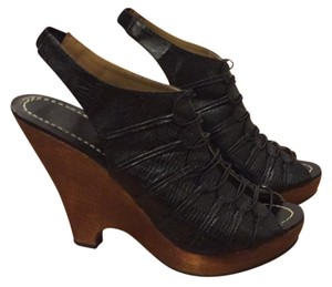 Mea Shadow black Wedges